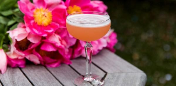 MAY22_BLOG_Cocktail